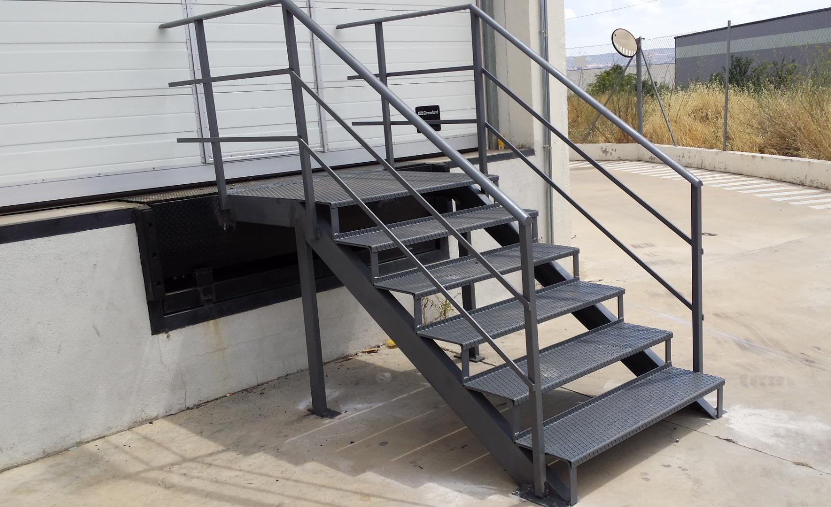 Carpinteria metalica y cerrajeria somolinos carpinteria - Vallas para escaleras ...
